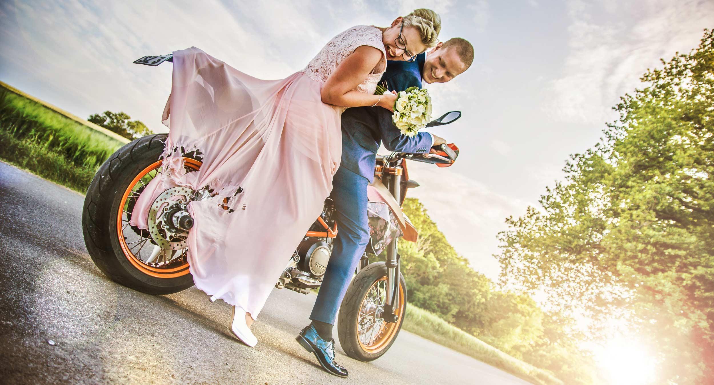 Header-Motorrad Kleid kaputt