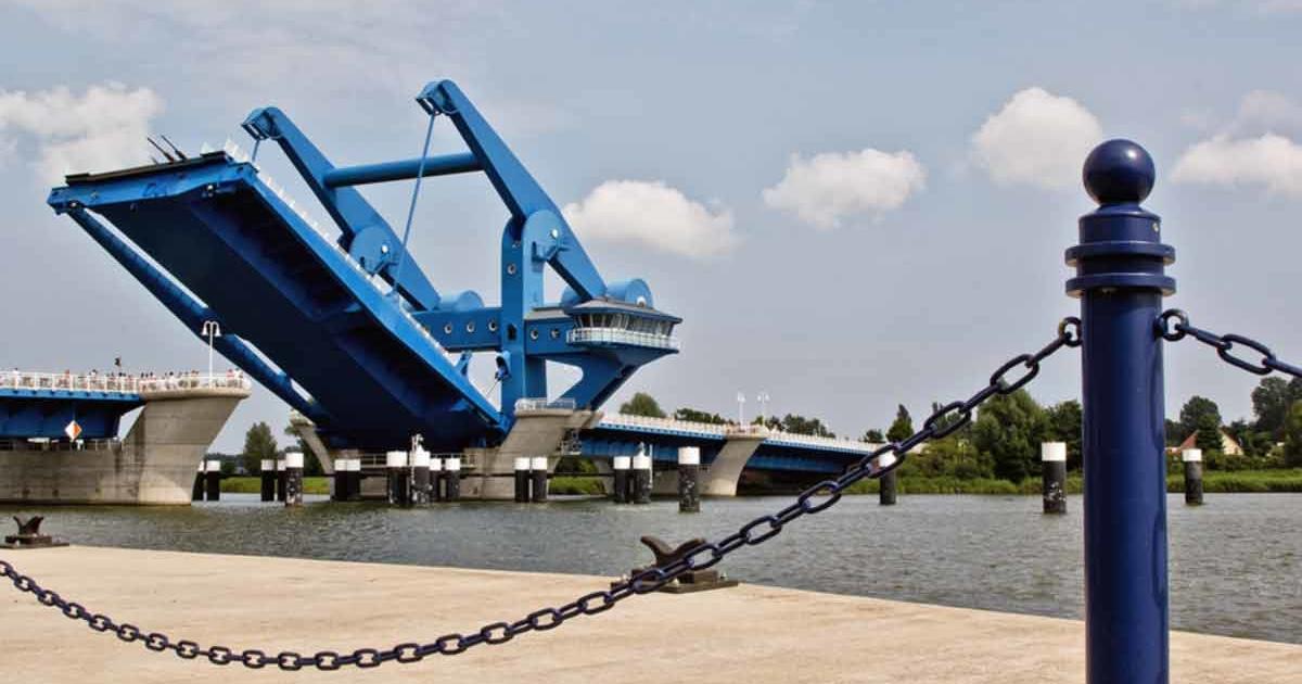 Wolgast Blaues Wunder Brücke offen