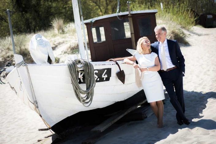 Hochzeitsfoto Boot Koserow Strand