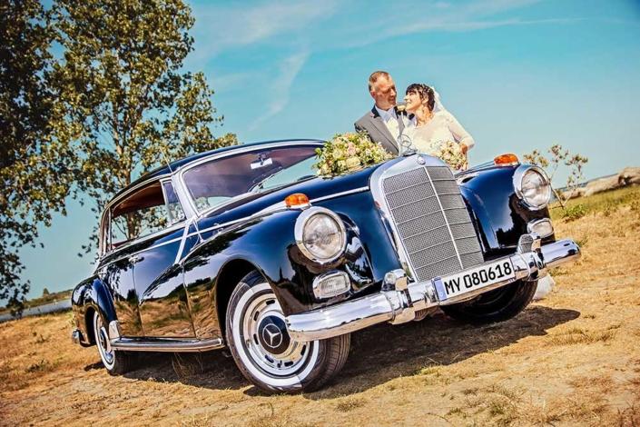 Hochzeitsfoto Oldtimer